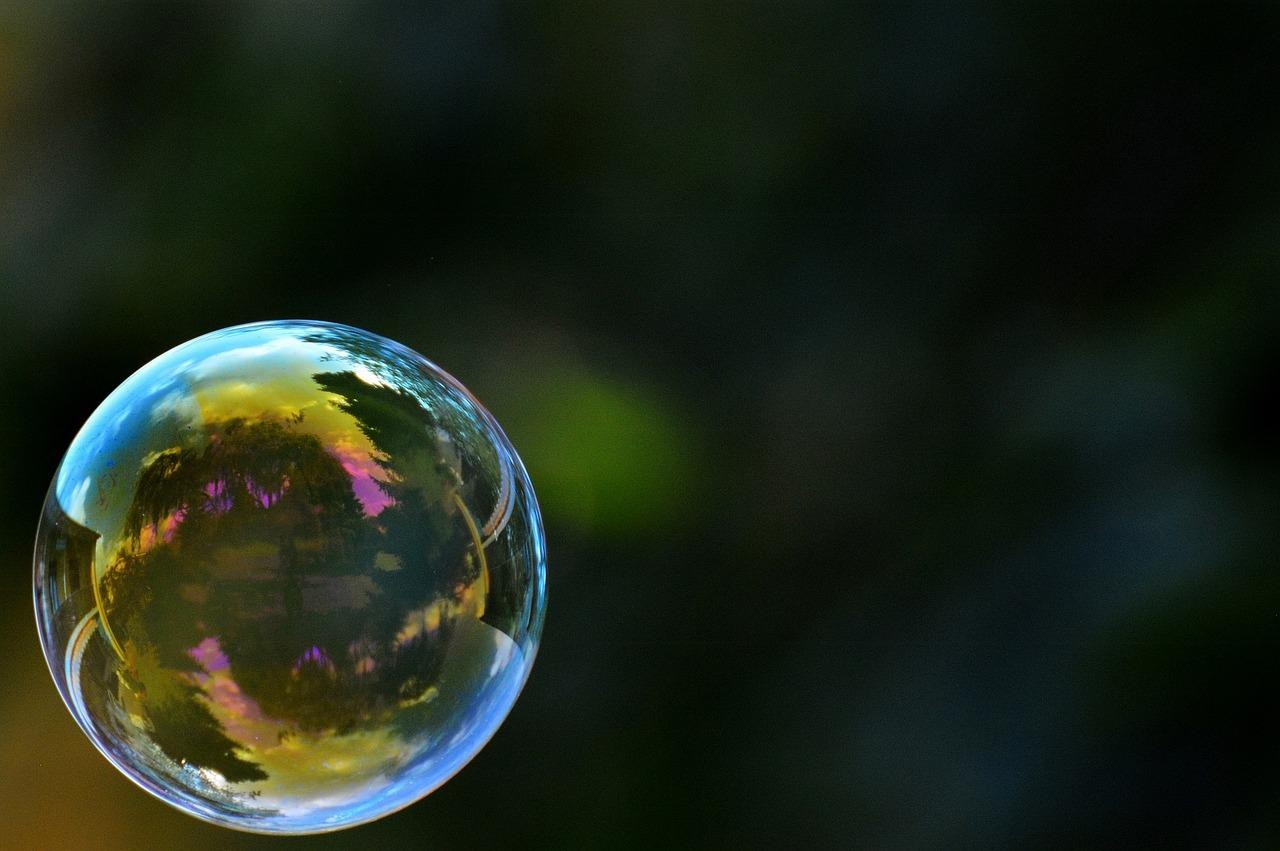 soap-bubble-824584_1280